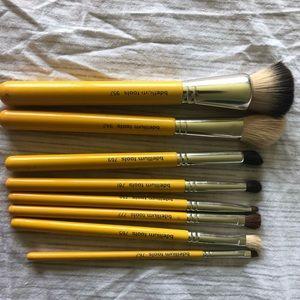 Bdellium tools brush set